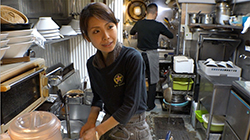 奥中宏美 (ラーメン店、生粋花のれん)wiki、評判やお子さんは【7ルール】