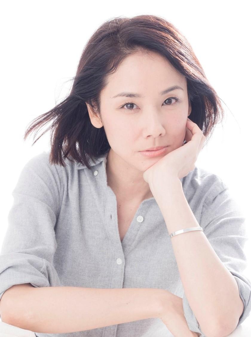 吉田羊(女優)彼氏や結婚は?CMや映画作品は?カップや年収は?【7ルール】