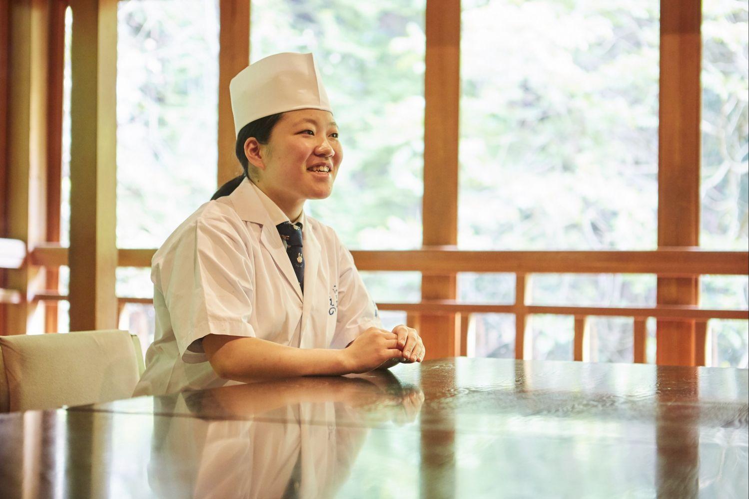 出島光25歳でミシュラン店(一汁二菜うえの)料理長!?場所やどんな経歴?年収や結婚してるの?【セブンルール】